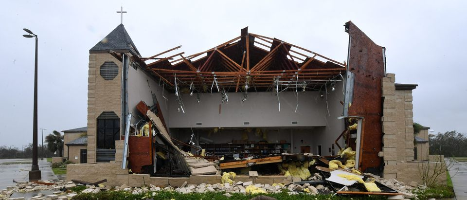 TOPSHOT - Damage to the First Baptist Church of Rockport after Hurricane Harvey hit Rockport, Texas on August 26, 2017. / AFP PHOTO / MARK RALSTON
