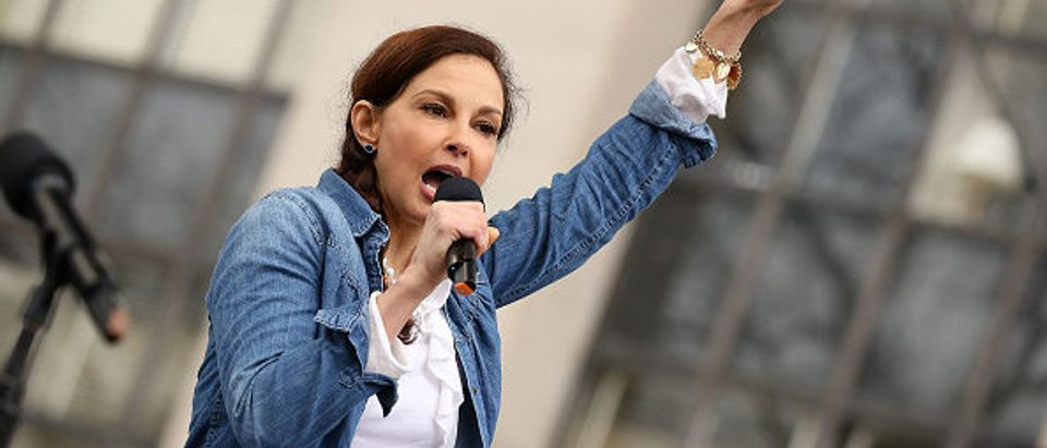 WASHINGTON, DC - JANUARY 21: Ashley Judd speaks at the rally at the Women's March on Washington on January 21, 2017 in Washington, DC. (Photo by Paul Morigi/WireImage) (GETTY IMAGES)