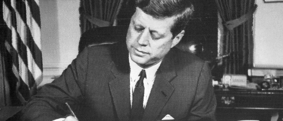 US President John Fitzgerald Kennedy sig