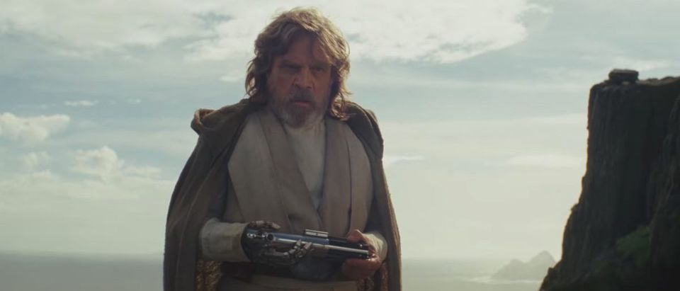 Star Wars The Last Jedi (Credit: Screenshot/YouTube