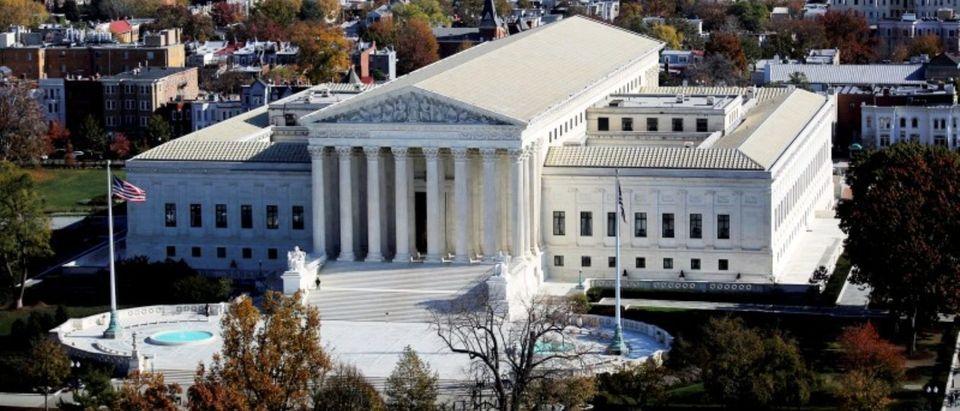 FILE PHOTO: The U.S. Supreme Court building in Washington