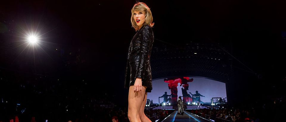 Taylor Swift The 1989 World Tour Live In Los Angeles - Night 2