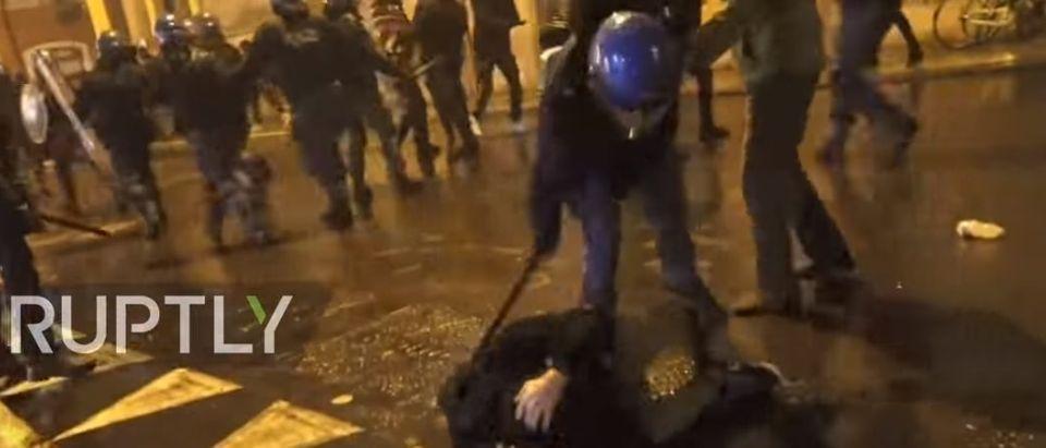 "An ""Anti-fascist"" is beaten with a baton"