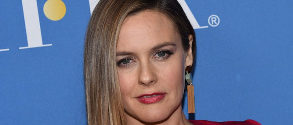 Alicia Silverstone attends the HFPA 75th anniversary celebration and NBC Golden Globe special screening at Paramount studios in Los Angeles, on December 8, 2017. / AFP PHOTO / CHRIS DELMAS (Photo credit should read CHRIS DELMAS/AFP/Getty Images)