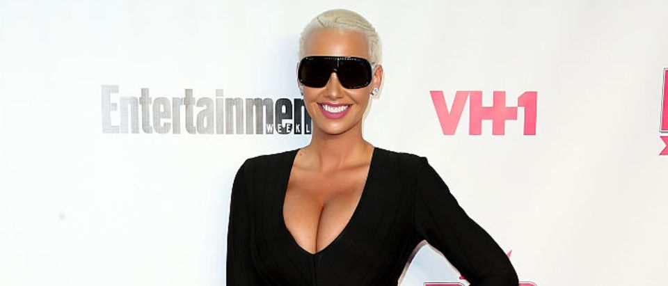 WEST HOLLYWOOD, CA - NOVEMBER 15: Model Amber Rose attends VH1 Big in 2015 With Entertainment Weekly Awards at Pacific Design Center on November 15, 2015 in West Hollywood, California. (Photo by Frederick M. Brown/Getty Images)
