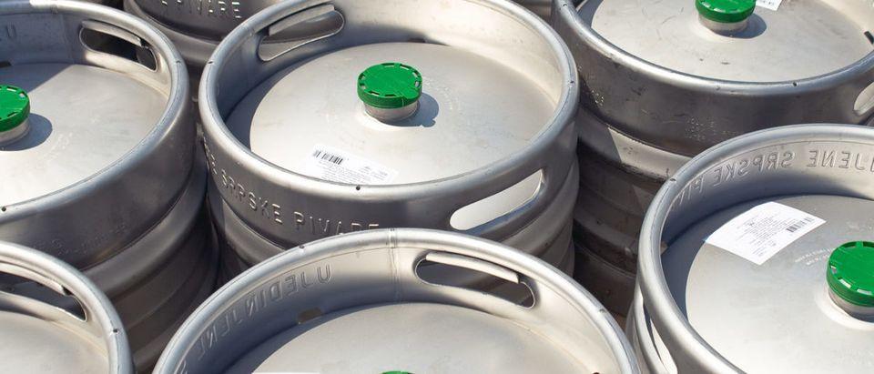 Beer Keg/Gavran333/ Shutterstock