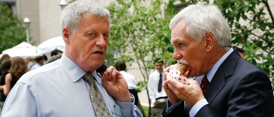 Congress Digs In At Annual Hot Dog Day Lunch on Capitol Hill