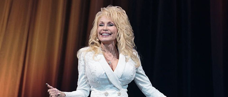 US-ENTERTAINMENT-MUSIC-PARTON