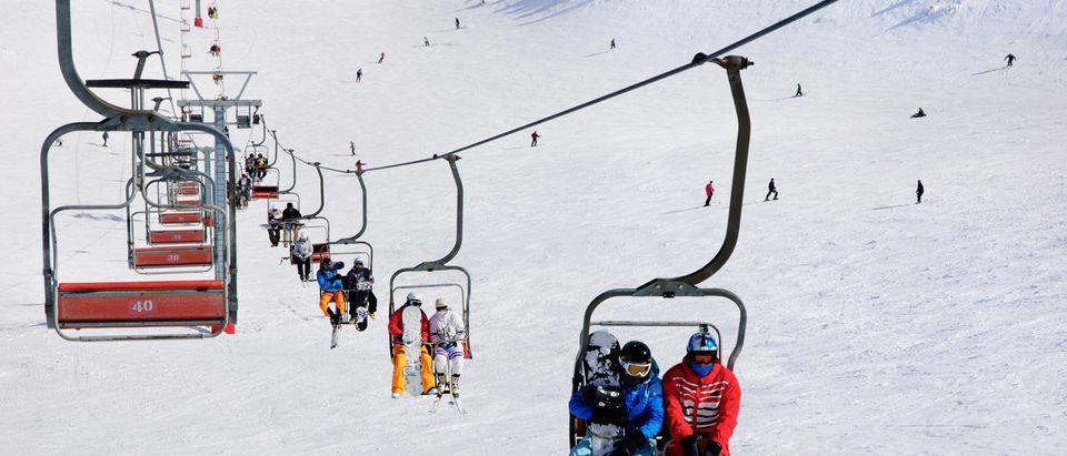Ski_Lift_malfunction