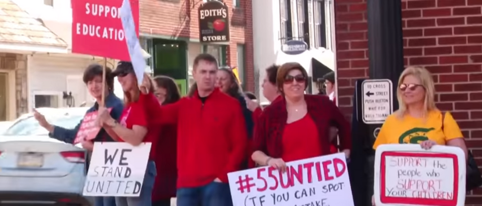 West Virginia teachers walk out. (Photo Credit: YouTube/CBS News) | Teachers Unhappy, Kentucky Schools Close