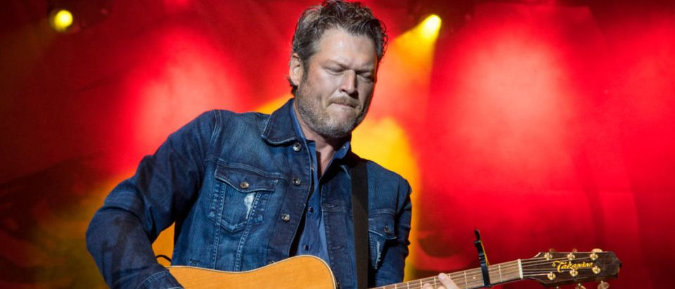 Blake Shelton performs during a free Opry style concert on Main Street outside of new restaurant and bar, Ole Red, opened by Shelton and Ryman Hospitality Partners on September 30, 2017 in Tishomingo, Oklahoma. (Photo by Erika Goldring/Getty Images for Ryman Hospitality Properties Inc)