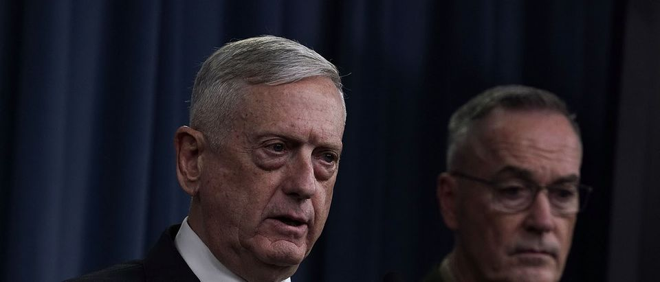 U.S. Defense Secretary Mattis and Chairman of the Joint Chiefs of Staff Gen. Dunford Brief The Media on Syria
