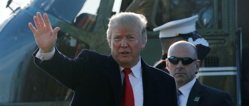 Trump visits Walter Reed National Military Medical Center