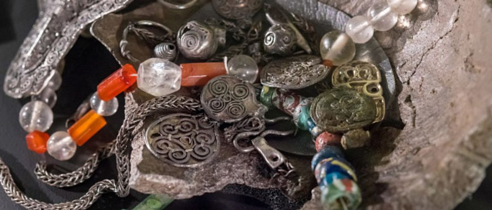 TORONTO, ONTARIO, CANADA - 2018/02/26: The Fargelanda treasure from the Vikings time. Treasure hoards are a set of standardized objects treating specific themes. The Fargelanda one treats themes of women. (Photo by Roberto Machado Noa/LightRocket via Getty Images) | Amateur Archaeologists Find Viking Coins