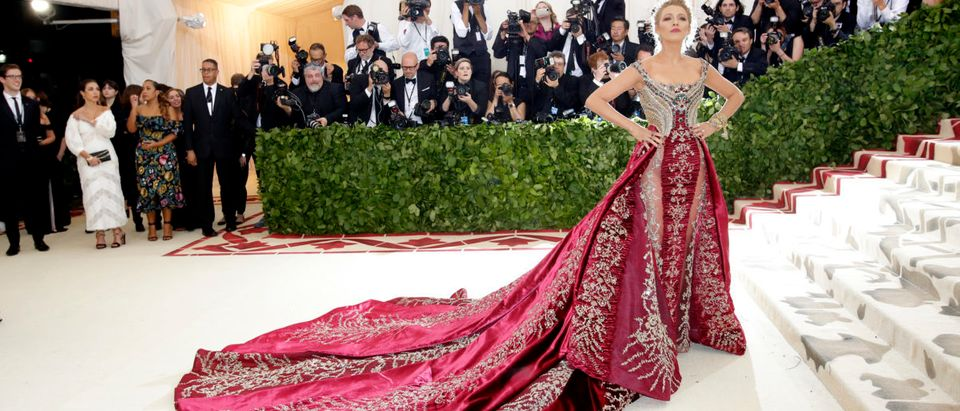 Actress Blake Lively arrives at the Metropolitan Museum of Art Costume Institute Gala (Met Gala) to celebrate the opening of Heavenly Bodies: Fashion and the Catholic Imagination in the Manhattan borough of New York, U.S., May 7, 2018. REUTERS/Eduardo Munoz