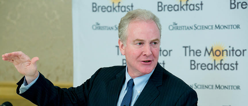 Maryland Sen. Chris Van Hollen addresses reporters on 2018 midterms and the budget at a Christian Science Monitor Breakfast, May 24, 2018. (Michal Bonfigli/The Christian Science Monitor)