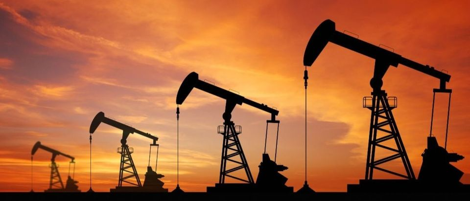 oil gas industry Shutterstock/Thaiview