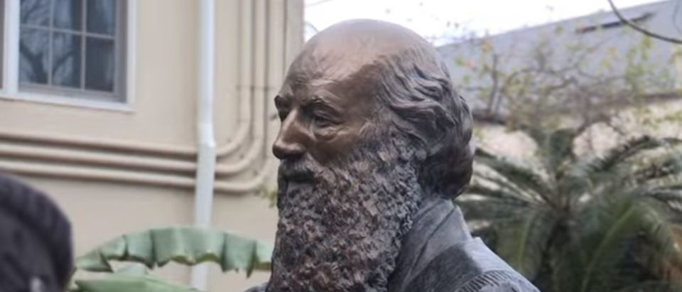 Here is a statue of Confederate Gen. Edmund Kirby Smith located in St. Augustine, Fla. (Photo Credit: YouTube/Bruce Merwin)