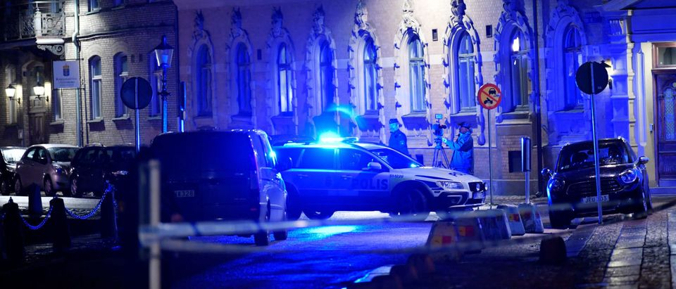 Police is seen at the site of an attack near a synagogue in Gothenburg, Sweden December 9, 2017. Picture taken December 9, 2017. TT News Agency/Adam Ihse/via REUTERS