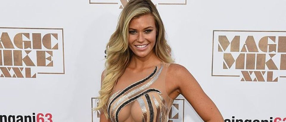 "Model Samantha Hoopes arrives for the premiere of the movie ""Magic Mike XXL"" at the TCL Chinese Theatre in Hollywood, California, on June 25, 2015. (Photo credit: MARK RALSTON/AFP/Getty Images)"
