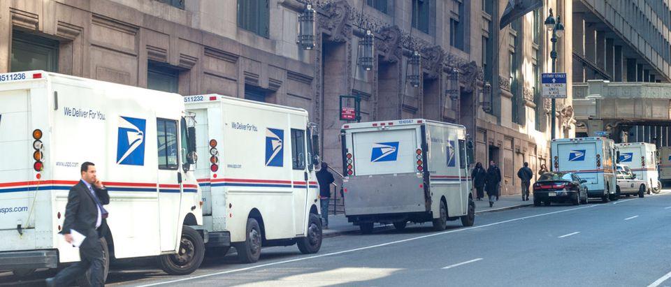postal_service_trucks