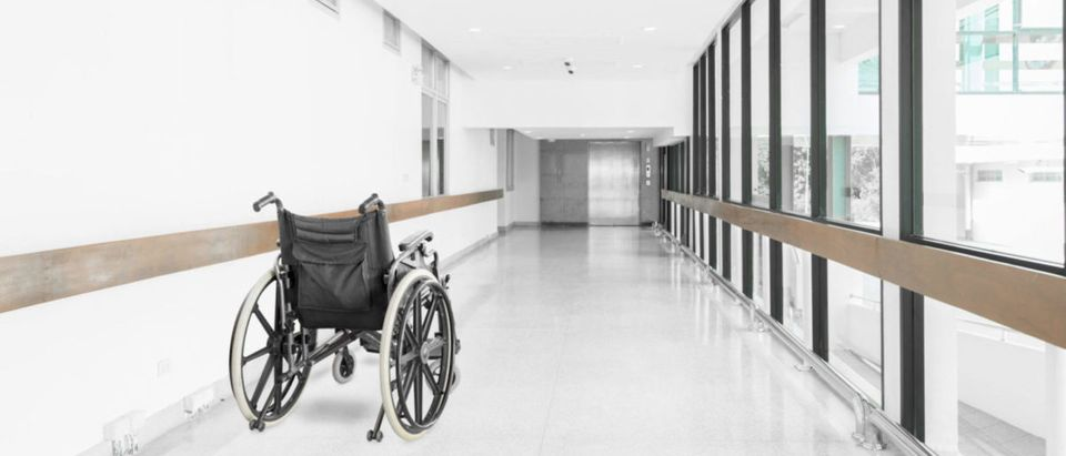 Department of Veterans Affairs ratings of its nursing homes highlight significant negative disparities between VA facilities and private facilities, according to a Sunday USA Today report. Suwin/Shutterstock