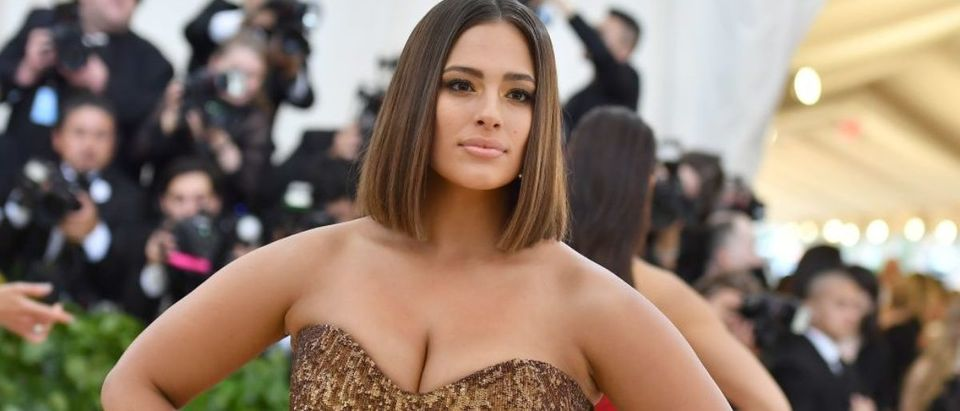 Ashley Graham arrives for the 2018 Met Gala on May 7, 2018, at the Metropolitan Museum of Art in New York. (Photo: ANGELA WEISS/AFP/Getty Images)