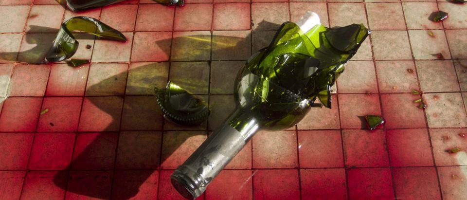 Broken Wine Bottle (Shutterstock/ Horus2017)