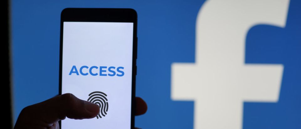 A German court ruled on Thursday that heirs can access the Facebook accounts of relatives. (Image: Shutterstock.com)