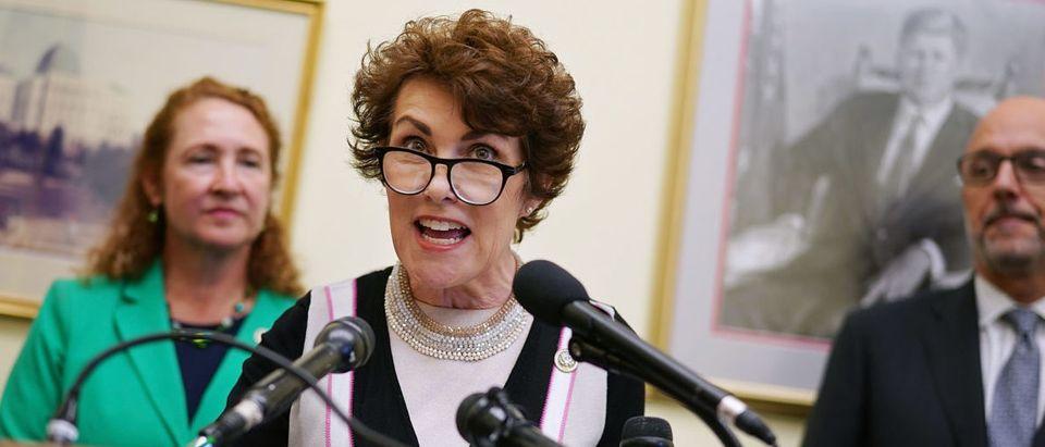 Democrats Unveil Legislation Restricting Sale Of Gun Magazines Over 10 Rounds