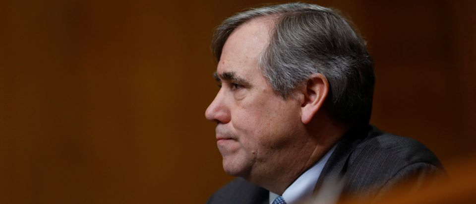 U.S. Sen. Jeff Merkley (D-OR) speaks during a U.S. Senate Committee on Environment and Public Works meeting on Capitol Hill in Washington, February 7, 2018. REUTERS/Eric Thayer