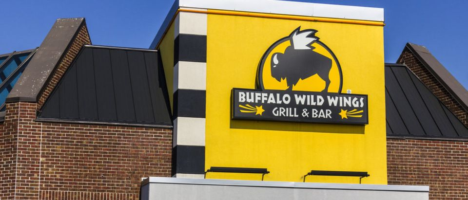 Buffalo Wild Wings (Credit: Shutterstock/jetcityimage)
