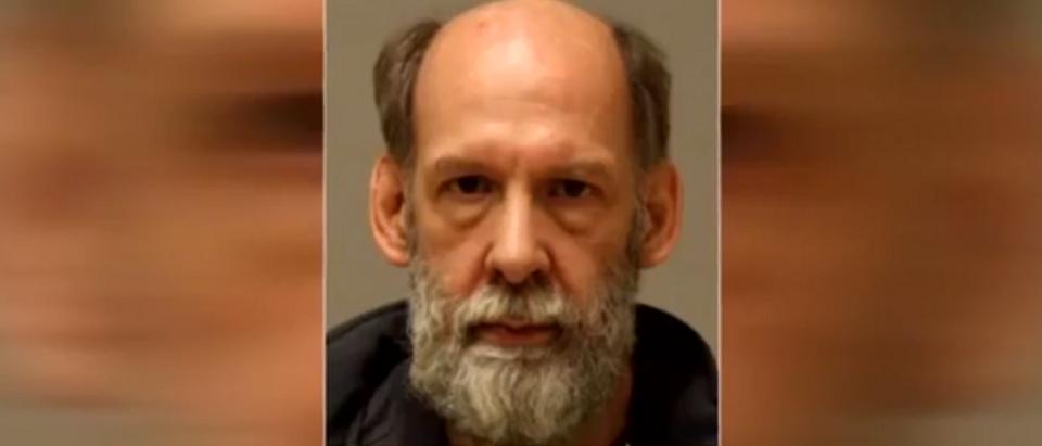David Allen Dean, false accused of urinating on black girl (screengrab)