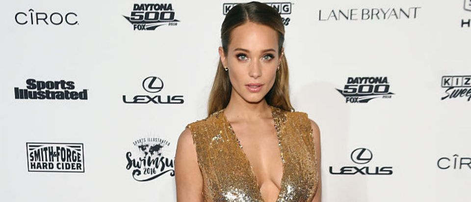 Model Hannah Davis Jeter attends the Sports Illustrated Swimsuit 2016 - NYC VIP press event on February 16, 2016 in New York City. (Photo by Jamie McCarthy/Getty Images for Sports Illustrated)
