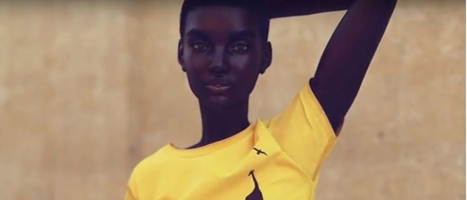Robot model takes over the fashion world