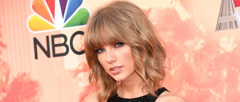 Singer Taylor Swift attends the 2015 iHeartRadio Music Awards which broadcasted live on NBC from The Shrine Auditorium on March 29, 2015 in Los Angeles, California. (Photo by Jason Merritt/Getty Images for iHeartMedia)