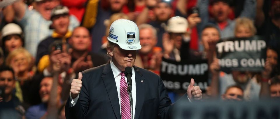 Trump hard hat Getty Images Mark Lyons GOOD
