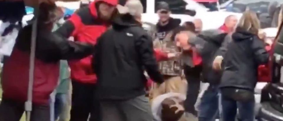 Arkansas Fight (Credit: Screenshot/Twitter Video Busted Coverage)