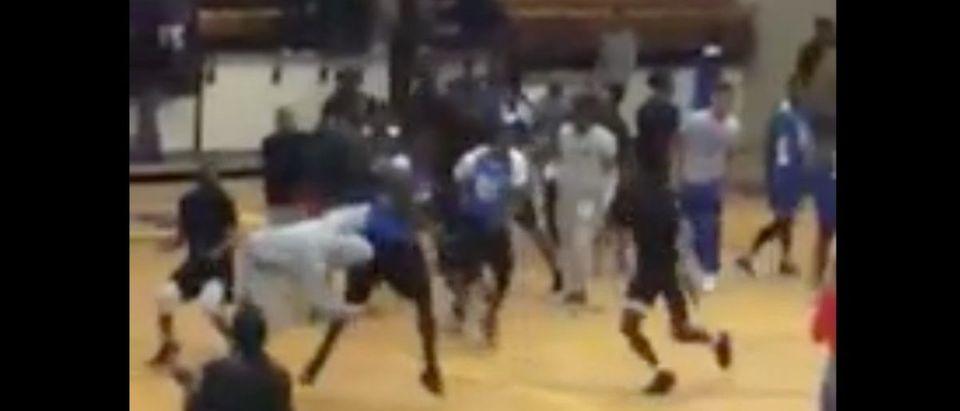Basketball Brawl (Credit: Screenshot/Streamable Video)