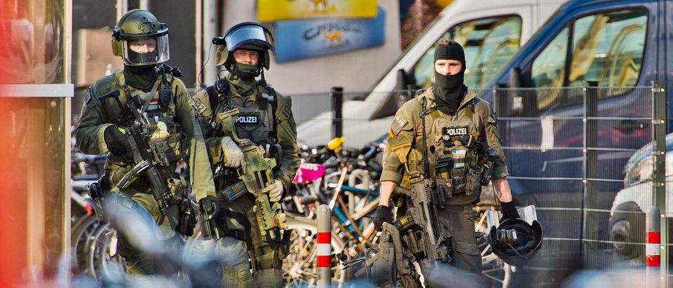 Possible Hostage Taking At Cologne Railway Station