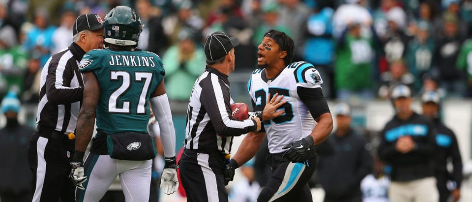 PHILADELPHIA, PA - OCTOBER 21: Strong safety Eric Reid #25 of the Carolina Panthers gets in the face of strong safety Malcolm Jenkins #27 of the Philadelphia Eagles prior to the start of the first quarter at Lincoln Financial Field on October 21, 2018 in Philadelphia, Pennsylvania. (Photo by Mitchell Leff/Getty Images)