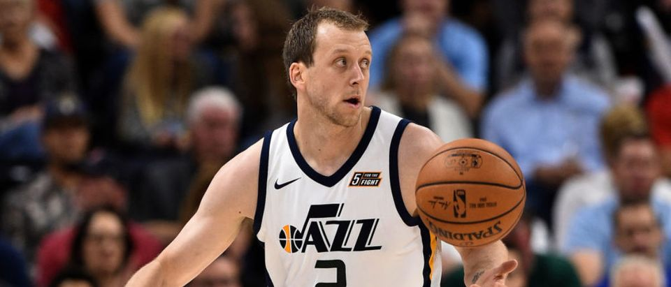 SALT LAKE CITY, UT - OCTOBER 18: Joe Ingles #2 of the Utah Jazz looks to pass the ball against the Denver Nuggets at Vivint Smart Home Arena on October 18, 2017 in Salt Lake City, Utah. (Photo by Gene Sweeney Jr./Getty Images)