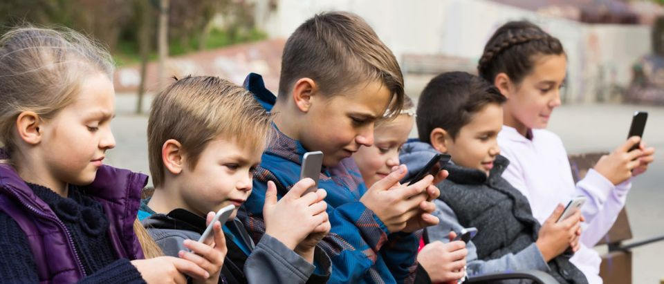 Scientists Find Out What Staring At A Smartphone Does To A Kid's ...
