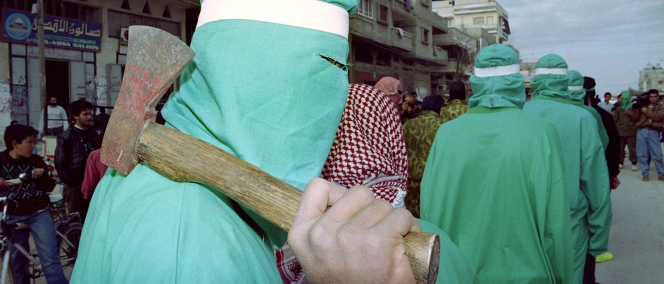 A masked member of the Islamic resistanc