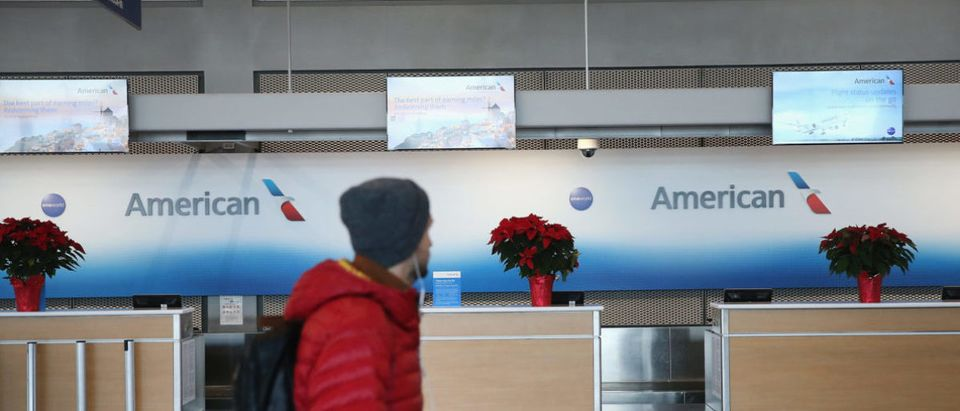 American Airlines Computer Glitch Leaves 15,000 Holiday Flights Without Pilots