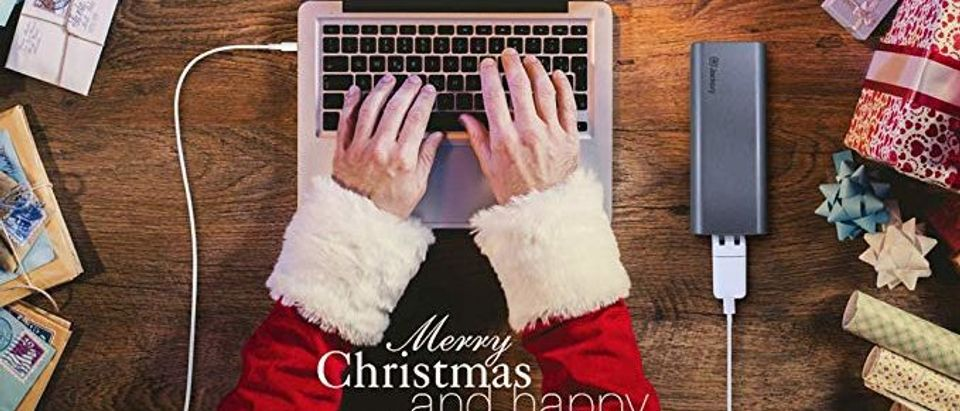 Jackery Christmas (Photo via Amazon)