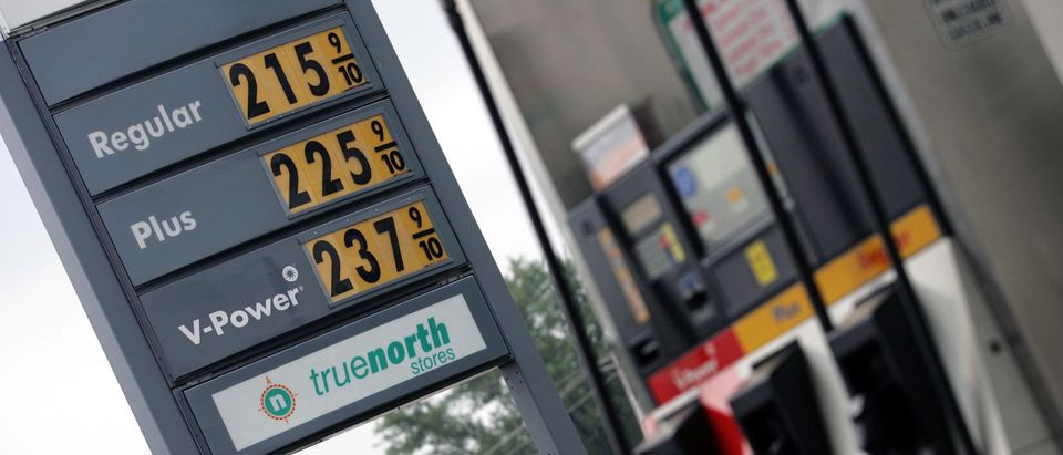 U.S. Gas Prices Continue To Fall