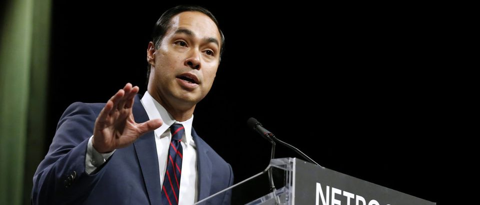 Julian Castro, former United States Secretary of Housing and Urban Development, speaks at the Netroots Nation annual conference for political progressives in New Orleans REUTERS/Jonathan Bachman