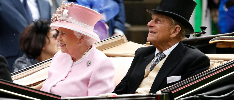 Britain Horse Racing - Royal Ascot - Ascot Racecourse - 15/6/16 Britain's Queen Elizabeth and Prince Phillip as they arrive Action Images via Reuters / Andrew Boyers Livepic
