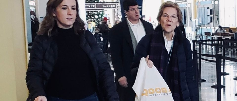 Sen. Warren Attends Native American Reception, Hits Mexican Eatery On Her Way To Iowa/ Photo by Mark Wilkins